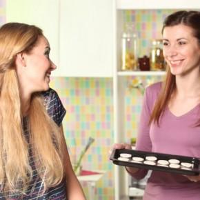 Être hôtesse de vente à domicile, c'est quoi exactement ?