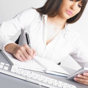 Objectif de la semaine : aider votre hôtesse à dresser sa liste d'invités