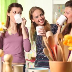 """Devenir hôtesse de vente pour """"tester"""" le métier de vendeur à domicile"""